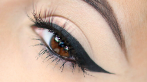The Secret To Perfectly Winged Eyeliner
