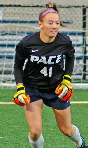 Goalkeeper Hayley Pascoal Propelling Women's Soccer