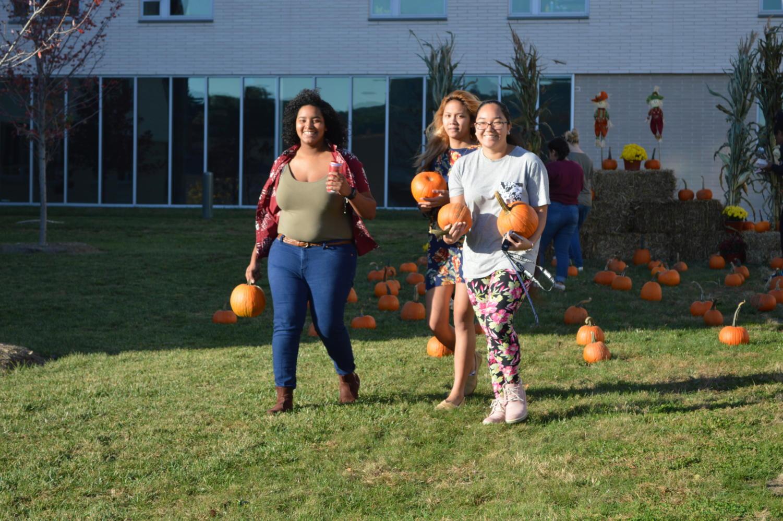 Izabella Morris (left), Jenny Marbella, and Precious Hose