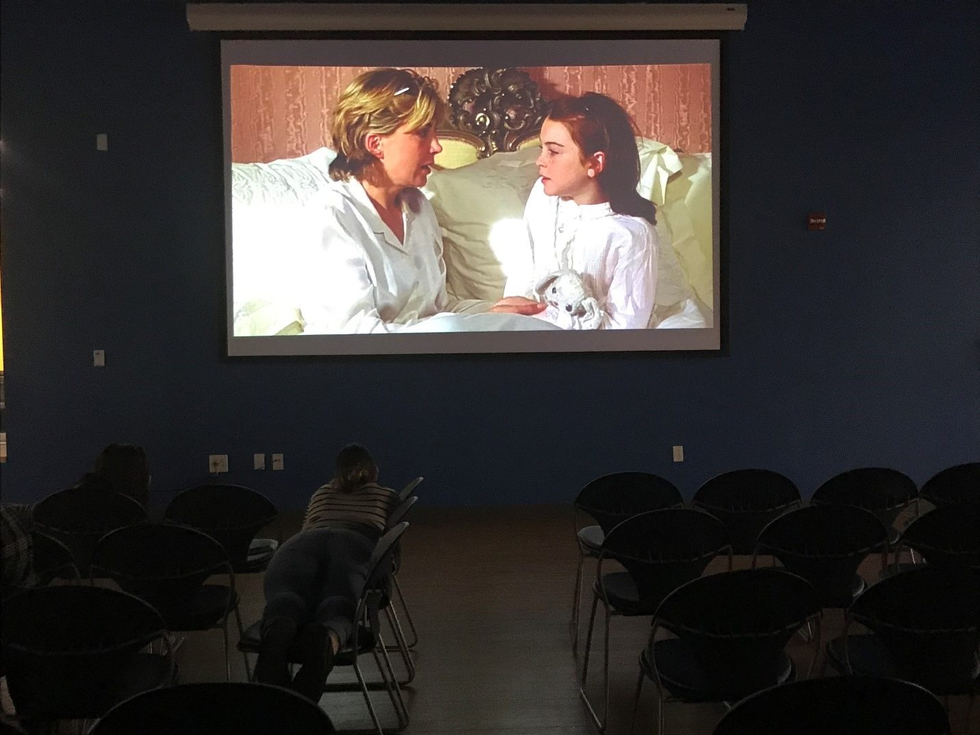 "Students enjoy ""the Parent Trap,"" during RHA's debut event. Photo by Stefano Ausenda"