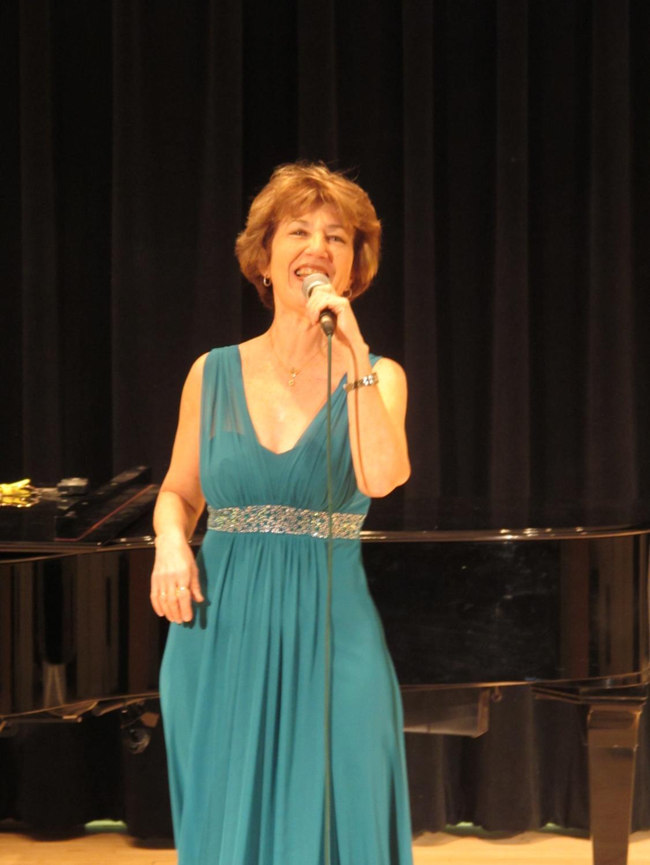Professor Diane Cypkin performing her Concert/Lecture: