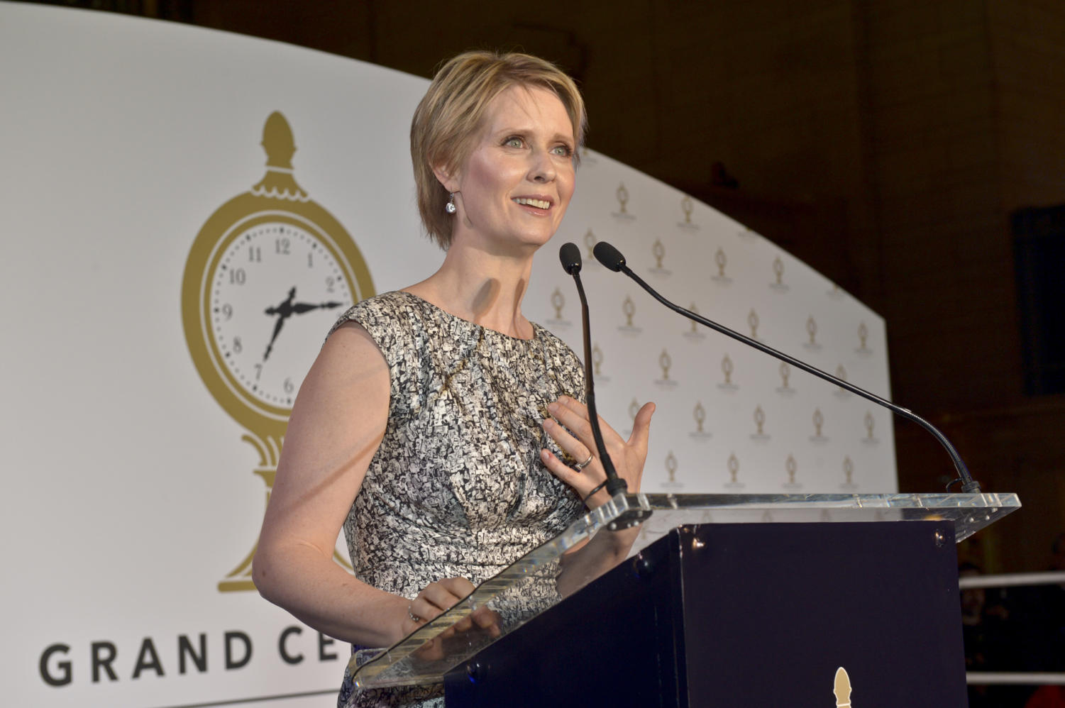 Cynthia Nixon will go head-to-head with Governor Andrew Cuomo this Thursday to decide the Democratic nominee for November's Gubernatorial race, which will have a major impact on the Pace community. Photo Courtesy of Metropolitan Transportation Authority.