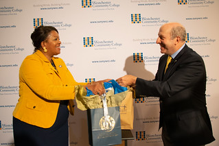 Westchester Community College President Belinda Miles communicates with Pace President Marvin Krislov at the signing of the transfer credit agreement.