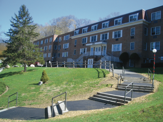 Trash in Residence Halls—Do students respect common space?