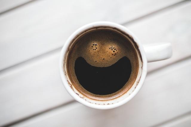 Happy coffee (Courtesy of Pexels)