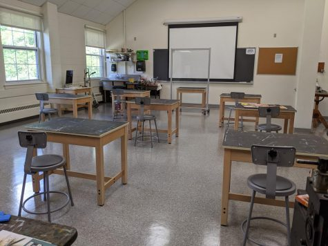 An empty art class in the Willcox Hall. With number of students allowed in classrooms are limited, it has become challenging to get involved in art studios.
